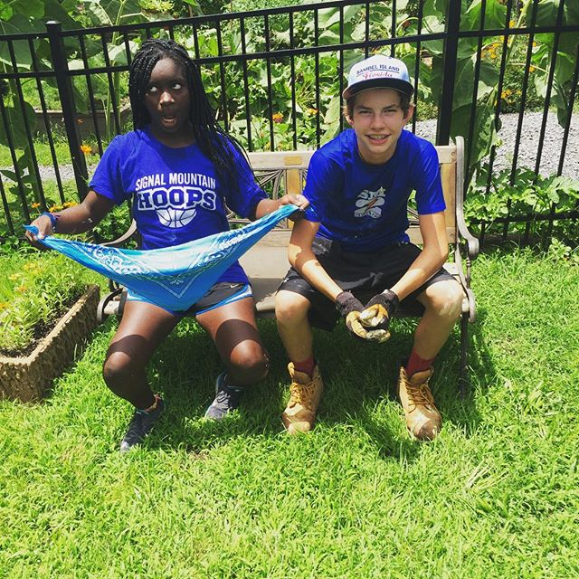 Middle School Mission Trip Update: Tuesday